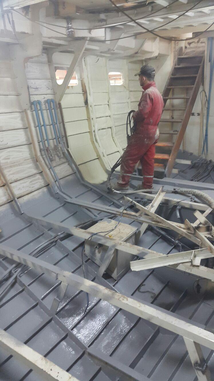 Gemi güverteler kaplamalarında Polyurea su yalıtımı