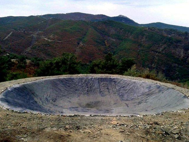 Toprak kayması tehlikesi olan alanlarda Polyurea su yalıtımı