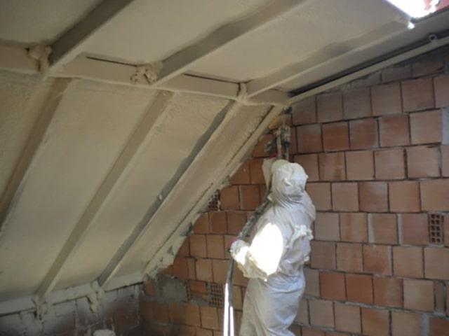 Poliüretan köpük trapez saç çatı ters tavan yalıtımı